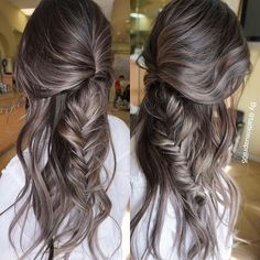 25 silver hair color looks that are absolutely gorgeous hair Balayage Lob, Balayage Highlights, Ashy Brown Hair Balayage, Gray Highlights, Braided Hairstyles, Cool Hairstyles, Daily Hairstyles, Everyday Hairstyles, Brown Hair Colors