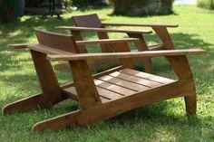 Chaise en bois de palette(sapin)inspirée de modèle années 30. Confortable, ce modèle s'associe très bien au jardin, terrasse mais aussi au salon intérieur (possibilité de c - 10720429