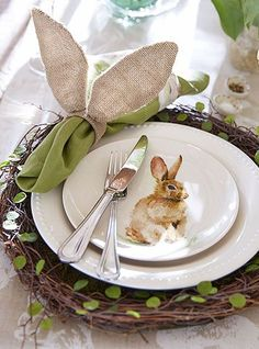 Easter Plates Every year there are tons of cute bunny plates that just want to hop onto my table! Easter Table Settings, Easter Table Decorations, Decoration Table, Easter Decor, Easter Centerpiece, Easter Ideas, Centerpieces, Easter Dinner, Easter Brunch
