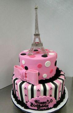 Exclusive Photo of Eiffel Tower Birthday Cake Exklusives Foto der Eiffelturm-Geburtsta Paris Birthday Cakes, Parisian Birthday Party, Paris Themed Cakes, White Birthday Cakes, 13 Birthday Cake, Paris Birthday Parties, Paris Cakes, Paris Party, Eiffel Tower Cake