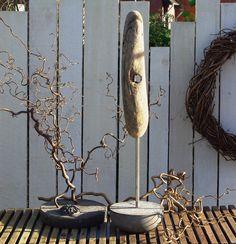 """Treibholz-Objekt """"kleine Nagelbank"""" von Driftwood & Stones auf DaWanda.com"""