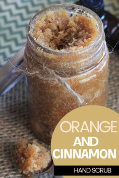 This easy to make orange and cinnamon hand scrub is the perfect scrub to keep your hands soft and moisturized year round. Diy Body Scrub, Face Scrub Homemade, Diy Scrub, Homemade Facials, Neutrogena, Sugar Scrub Diy, Sugar Scrubs, Salt Scrubs, Salt Scrub Recipe