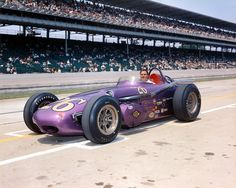 1961 - Cliff Griffith's (#26) Indy Roadster, Qualified: 30th, Speed (145.038 mph) Finished: 24th, Piston, Lap 55