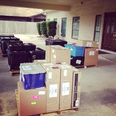 It's #RWA14 freight day here at the RWA office! The countdown to conference is on. pic.twitter.com/f1ATNCrLBQ