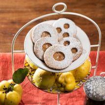 Kekse selber backen - feine Rezepte für Weihnachtskekse - alle Einträge | Kochen… Doughnut, Dairy, Pudding, Cheese, Desserts, Food, Easy Meals, Chef Recipes, Bakken