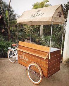 Primeira exportação, tapioca sobre rodas rumo a Portugal. Boa viagem!  #olebikes #foodbike #portugal #tricycle #triciclo #silkscreen