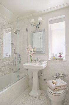 Tankless toilet, classic fixtures