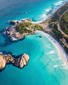 Blues from above (: - via Beautiful Destinations on : Amazing Destinations - International Tips - Dream - Exotic Tropical Tourist Spots - Adventure Travel Ideas - Luxury and Beautiful Resorts Pictures by Photography Beach, Travel Photography, Photography Tips, Landscape Photography, Western Australia, Australia Travel, Australia Beach, Coast Australia, Places To Travel