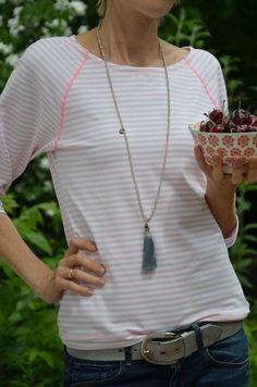 Freebook Bethioua Schnittmuster für ein Damen Raglanshirt. Das Shirt ist sehr einfach zu nähen. Du erhältst den Schnitt in der Größe S/M gratis per Mail.: