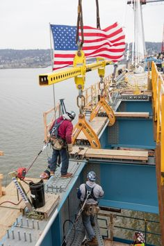 March 25, 2017 - Ironworkers connect the final section of westbound steel.