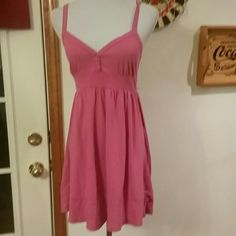 🌺Cute Little Pink Dress Size M Dress....see pics for details one step up Dresses