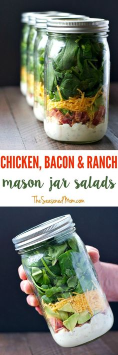 Chicken Bacon and Ranch Mason Jar Salads Layering ingredients in a jar is the most effective way to prepare a salad ahead of time and still keep everything fresh for days. Make these Chicken Bacon and Ranch Mason Jar Salads and you will have delicious and Mason Jar Lunch, Mason Jar Meals, Meals In A Jar, Mason Jars, Mason Jar Recipes, Healthy Snacks, Healthy Eating, Healthy Recipes, Easy Recipes