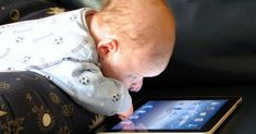 Best iPad apps for toddlers. Looking to entertain a baby for a few minutes? There's an app for that. Here are 10 iPad apps perfectly suited to the 2 and under s Steve Jobs, App Ipad, Mobiles Internet, Education Positive, Smartphone, Best Ipad, Early Childhood, New York Times, Parents