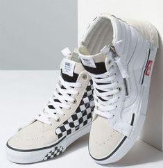 ee1b8ddf2 How to wear vans sk8 hi black 30 ideas  howtowear