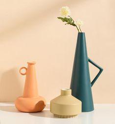 Tacithome handmade ceramic vase, minimalist vase, and pottery. porcelain Vase Home Decor Blue And White Vase, Black Vase, White Vases, Ceramic Decor, Ceramic Vase, Ceramic Pottery, Slab Pottery, Vase Centerpieces, Vases Decor