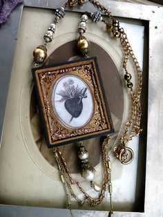 Sacred Heart ~ Would look nice in an Altered Tin