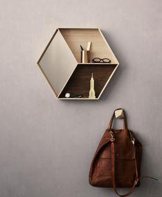 Ferm Living - Wall Wonder with mirror - Maple.  Hexagon.  vil have denne i gangen
