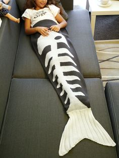 Warmth Knitted Fish Bone Design Mermaid Tail Blanket