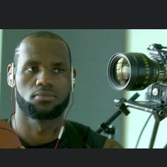 Instagram media by doggicamsystems - The Bodymount worn by Lebron James for a Beats by Dre commercial.  #bodymount#Doggicam#cinematography#cinematographer#redcamera#dp#directorofphotography#setlife#onlocation#filming#lebronjames#camerarig#cameradept#cameraporn#doggicamsystems