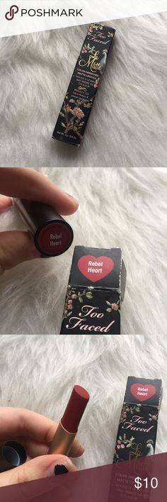 Too Faced la matte color drenched matte lipstick This lipstickhas been swatched a couple of times. The shade is in rebel heart.  Just looking to sell right now, so no trades. 🚫 I don't use any other sites to sell makeup. 🚫 I aim to ship same day. 📩 I always take the shipping price into consideration, please take the sellers fee into yours! 💸 Use the offer button, I might accept! I won't discuss prices in the comments & low ball offers will be ignored. 🗣 If you have any questions, please…