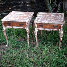 """Painted on """"blahbeige"""" Junk Paint and heavily distressed #junkpaint #dirtywax #chalkpaint #distressedfurniture #farmhouse"""