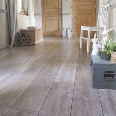 Sol stratifié Privilège - Saint Maclou Living Room Flooring, Living Room Kitchen, Decoration, Tile Floor, Wood, Inspiration, Laminate Flooring, Good Ideas, Floor