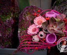 Casket Flowers, Funeral, Christmas Wreaths, November, Holiday Decor, Inspiration, Plants, Flowers, Noel
