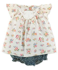 Baby Girl Clothes at Macy's come in a variety of styles and sizes. Shop Baby Girl Clothing at Macy's and find newborn girl clothes, toddler girl clothes, baby dresses and more. Outfits Niños, Kids Outfits, Little Girl Fashion, Kids Fashion, Fashion Blogs, Womens Fashion, Floral Denim, Floral Lace, Everything Baby