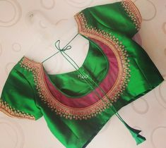 Gorgeous Blouses In Every Shade To Go With Your Sarees! New Saree Blouse Designs, Simple Blouse Designs, Stylish Blouse Design, Bridal Blouse Designs, Blouse Back Neck Designs, Lehenga Designs, Kurta Designs, Blouse Patterns, Saris