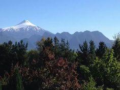 Mirador de los Volcanes,  Caburga, Chile