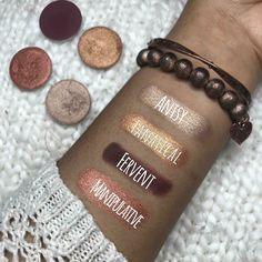 Love this combo! You can customize your own quad palette with Younique's pressed shadows! Love this combo! You can customize your own quad palette with Younique's pressed shadows! Love this combo! You can customize your own quad palette with Yo Fall Eyeshadow Looks, Fall Makeup Looks, Metallic Eyeshadow, Younique Eyeshadow, Eyeshadow Makeup, Palette, Quad, Natural Makeup Tips, Natural Beauty