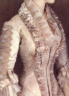 Resultados da pesquisa de http://media.cleveland.com/style_impact/photo/1879-worth-wedding-dress-smalljpg-0021702fd29c9b38.jpg no Google