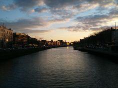 Durch #Dublin fliesst der Fluss Liffey #ebookers