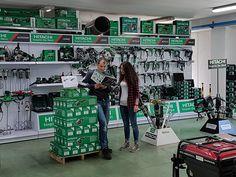 Il nostro rivenditore EV Srl di Grosio (SO) è orgoglioso di condividere con noi sua esposizione dei nostri prodotti! #wearehitachi #hitachi #powertools