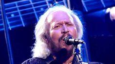 Barry Gibb feat. Robin Gibb - The Bee Gees - I Started A Joke  LIVE @ O2...