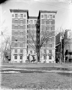 Roxborough Apartments on Laurier Ottawa, Back In The Day, Ontario, Vintage Photos, Canada, Park, History, Architecture, Apartments