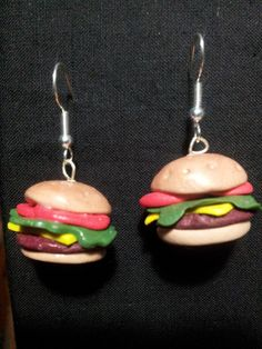 Diy Earrings Polymer Clay, Polymer Clay Charms, Polymer Clay Projects, Clay Crafts, Weird Jewelry, Cute Jewelry, Cute Earrings, Unique Earrings, Piercings