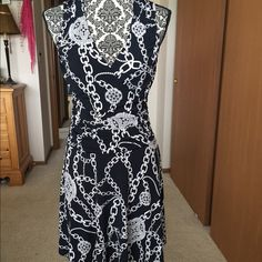 Price cut Jennifer Lopez dress, size small Jennifer Lopez dress, v-neck, sleeveless, size small.  Only worn once but this is a great fit and flattering on.  I tried to show sheering at waist but doesn't come out too well in the picture.  Great for spring/summer. Jennifer Lopez Dresses