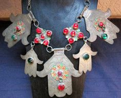 Great Red and Green Items on Etsy! by vivastarstable on Etsy