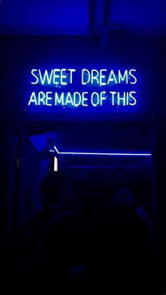 blue aesthetic sweet dreams are made of this wallpaper, fundo de tela, frase, neon, azul