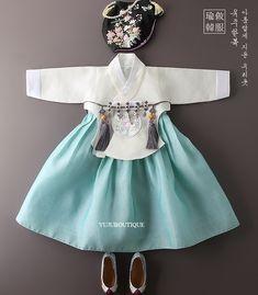 Korean Traditional, Traditional Outfits, Oriental Fashion, Oriental Style, Modern Hanbok, Korean Dress, Hanfu, Lolita Dress, My Princess