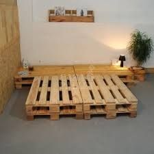 Imagini pentru cama cor de madeira feito de feito de pallet