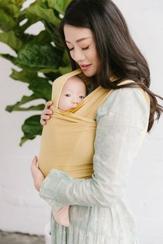 26 Weeks Pregnant, Baby Wearing Wrap, I Love My Daughter, Mothers Day Quotes, Christy Turlington, Baby Wraps, Baby Swaddle, Happy Baby, Sweet Girls