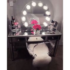 How perfect is masterpiece? We can stare at this all day! Featuring the Impressions Vanity Sunset with Clear Incandescent Bulbs & Impressions Vanity Mirrored Vanity Table. - Diy for Home Decor Mirrored Vanity Table, Vanity Decor, Vanity Ideas, Vanity Tables, Vanity Mirrors, Vanity Room, Mirror Ideas, Diy Vanity Mirror With Lights, Makeup Tables