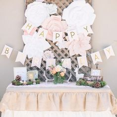 It's a one-deer-ful first birthday #onIBTtoday! Why? Because it's Bambi themed! Catch all the cuteness by heading to the link in our profile! (Photo & Styling by @lyndsiedesignandphoto, Linens: @shopcandycrush)