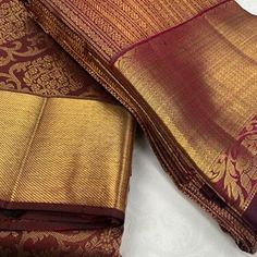 Tag your picture to get featured on this page . South Indian Blouse Designs, Silk Saree Blouse Designs, South Indian Wedding Saree, Indian Wedding Wear, Kanchipuram Saree, Georgette Sarees, Silk Sarees With Price, Wedding Saree Collection, Wedding Silk Saree