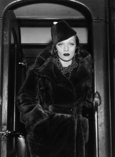 DIETRICH ALL DAY EVERY DAY. UGH. She's so chic, chic, chic!