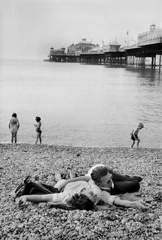 by Henri Cartier-Bresson, Brighton, 1953 Candid Photography, Documentary Photography, Vintage Photography, Street Photography, Urban Photography, Color Photography, Photography Ideas, Henri Cartier Bresson, Magnum Photos