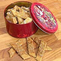 Brune pinner - Norwegian Food, Holiday Baking, Winter Holidays, Dog Bowls, Xmas, Sweets, Seasons, Cakes, Dinner