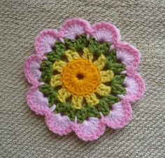 Yellow, Pink and Sparkly: Sunny Days Coaster - free pattern